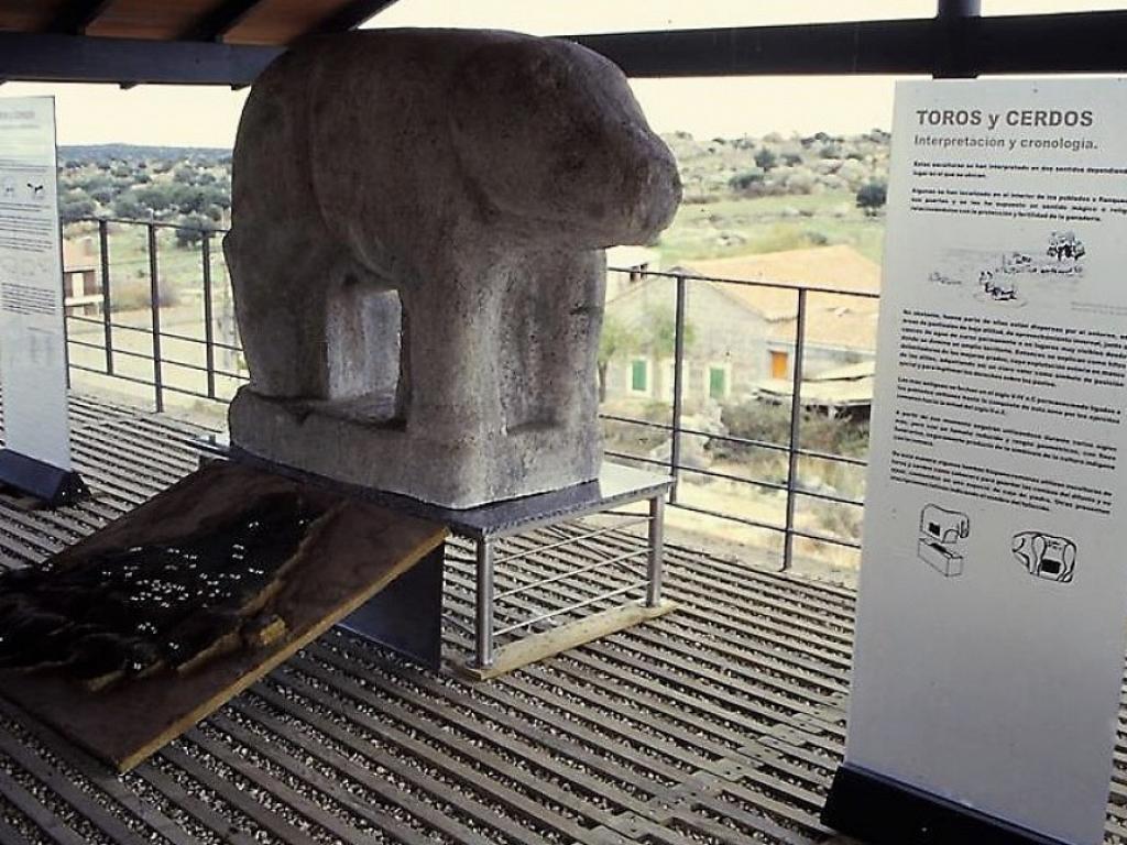 Chamartín de la Sierra - Castro de La Mesa de Miranda y Aula Arqueológica