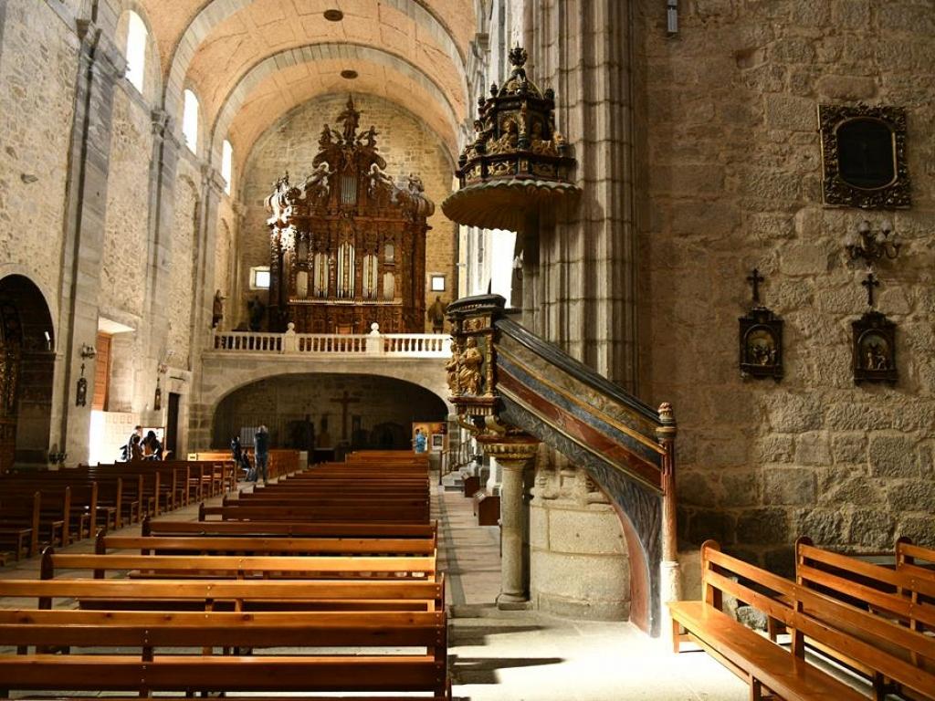 El Espinar - Púlpito de la Iglesia de San Eutropio