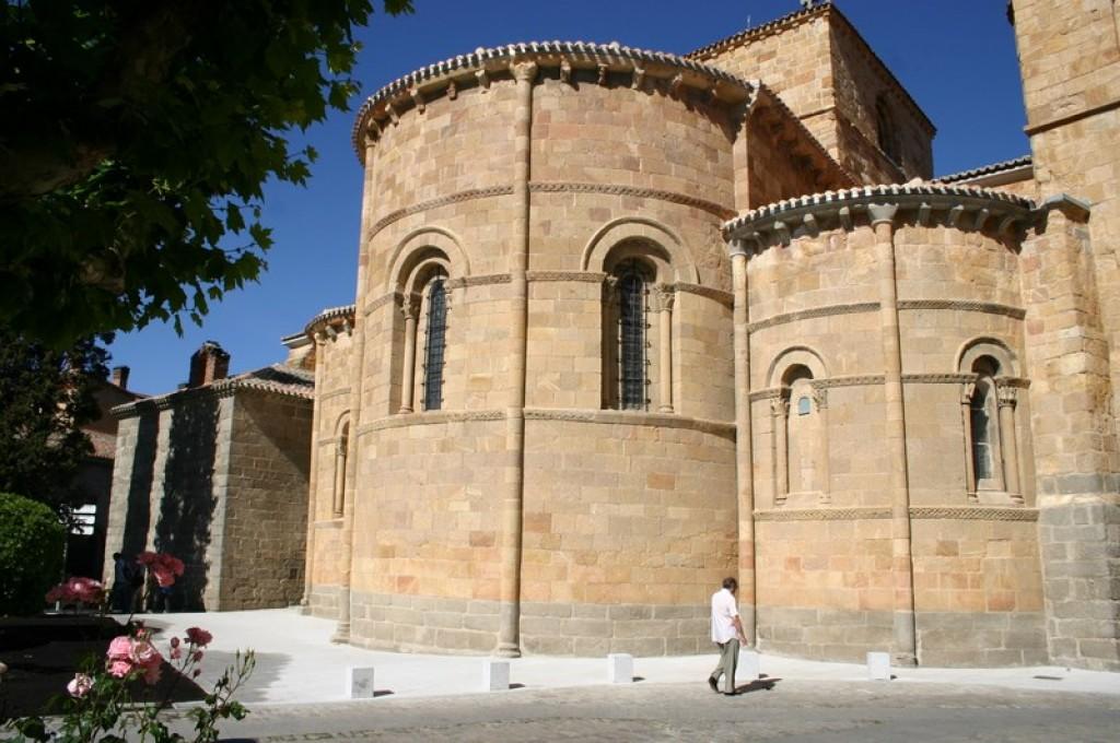 Ávila - Iglesia de San Pedro Apóstol