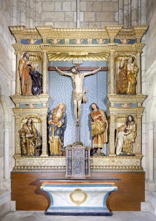 Retablo del calvario y reja de la capilla del calvario de la Catedral - León
