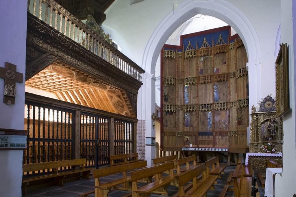 Madrigal de las Altas Torres - Coro de la iglesia de San Nicolás de Bari